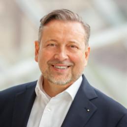 Prof. Knut Ringat, Geschäftsführer und Sprecher der Geschäftsführung des Rhein-Main-Verkehrsverbundes (RMV)